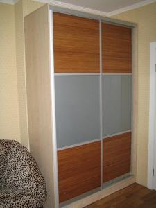 Шкаф купе комбинированный