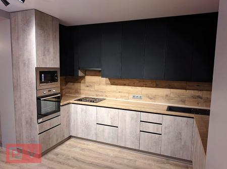 Сучасна кухня з плівковими суперматовими фасадами