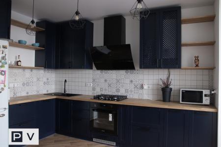 Кухня з фарбованими фасадами МДФ (Ірпінь)